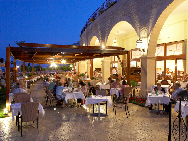 Atlantica Imperial Resort - Outdoor Restaurant