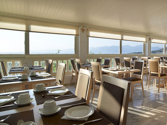 Elounda Ilion Hotel & Bungalows - Restaurant