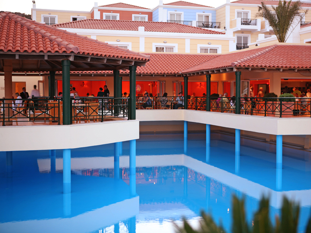 Atlantica Porto Bello Royal Hotel - Pool Restaurant
