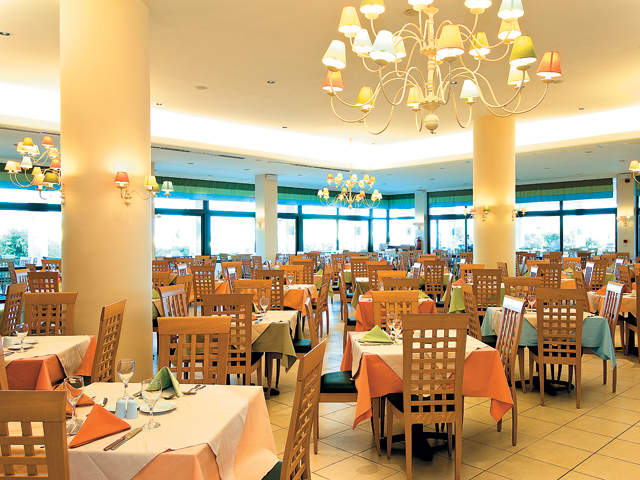 Atlantica Porto Bello Royal Hotel - Dining Room