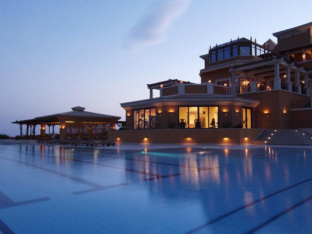 La Residence Des Cascades Resort - Swimming Pool