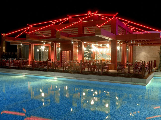 Gloria Serenity Resort - Pool Area