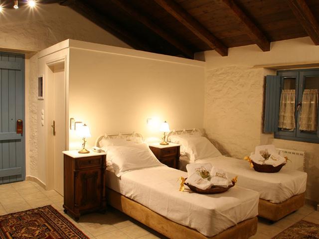 To Pappoudiko - Bedroom