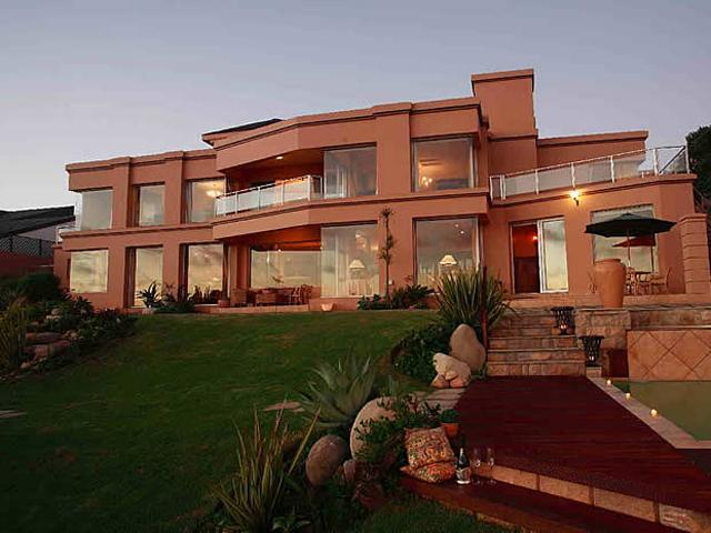 Xanadu Guest Villa - Exterior View