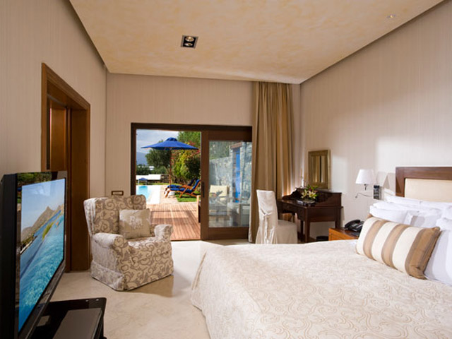 Elounda Beach Exclusive  & Platinum Club - Elounda Beach Exclusive Club  Grand Suites Bedroom